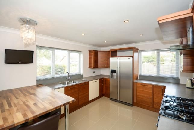 Thumbnail Bungalow for sale in Red Hall Lane, Bracebridge Heath, Lincoln, Lincolnshire