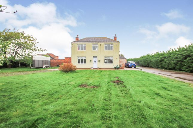 Thumbnail Detached house for sale in Washinghall Lane, Eastoft