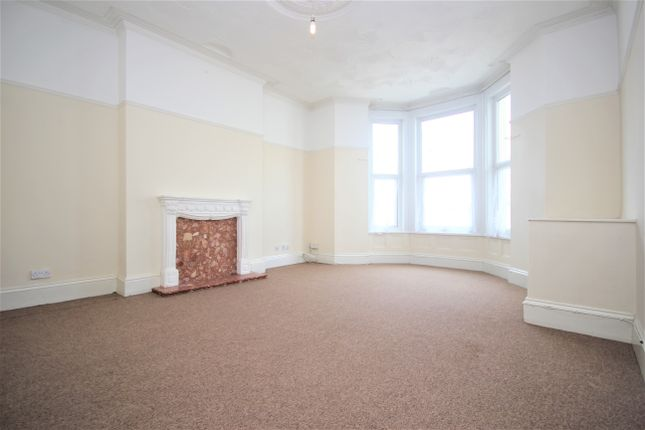 Thumbnail Flat to rent in Alexandra Road, Mutley, Plymouth