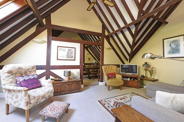 1 bed property for sale in Forsters Farm Court, Aldermaston, Reading