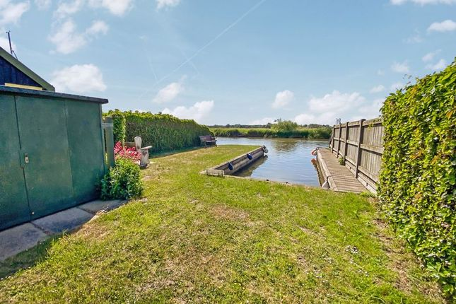 Main Image of North East Riverbank, Potter Heigham, Great Yarmouth NR29
