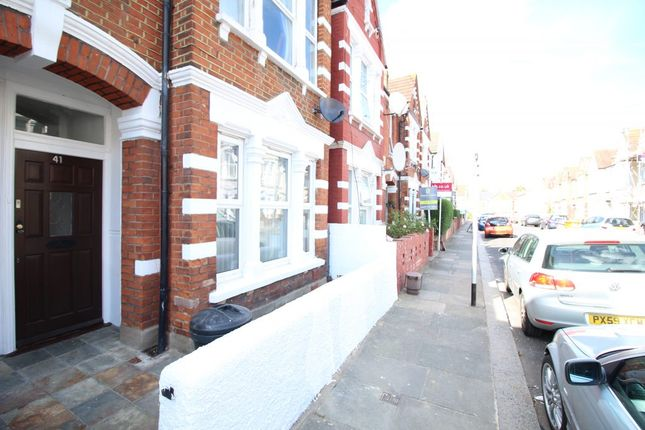 Thumbnail Flat to rent in Links Road, London