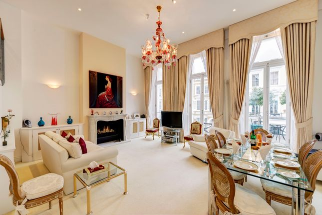 2 bed flat for sale in Lexham Gardens, Kensington
