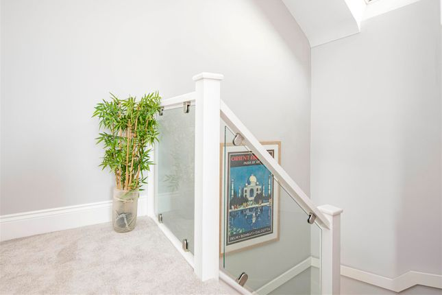 3 bedroom flat for sale in Dorchester Road, Weymouth