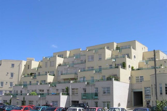 Thumbnail Flat to rent in Spinnaker View, Weymouth, Dorset
