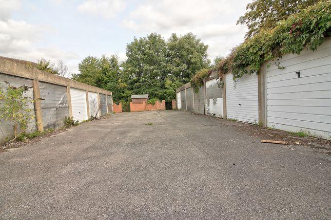 Garage of Mowbray Drive, Tilehurst, Reading RG30
