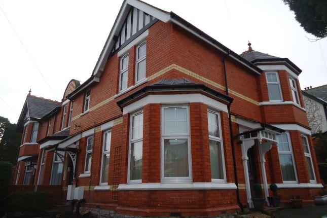 Thumbnail Flat to rent in Hillside Road, Colwyn Bay