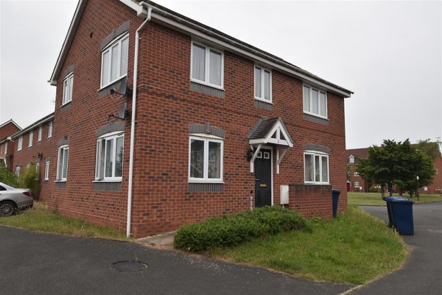 2 bed flat to rent in Davey Road, Northway, Tewkesbury GL20