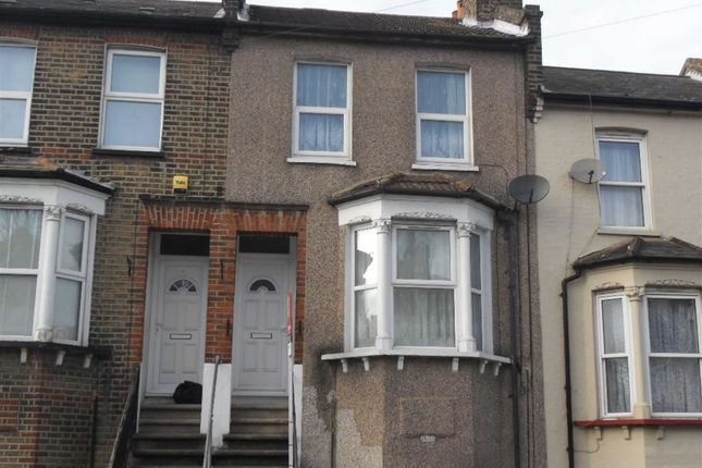 Thumbnail Terraced house to rent in Maximfeldt Road, Erith, Kent