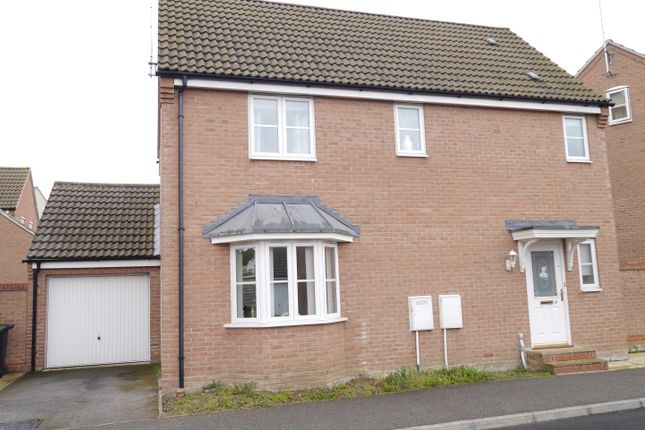 Thumbnail Detached house for sale in Langridge Circle, Watlington