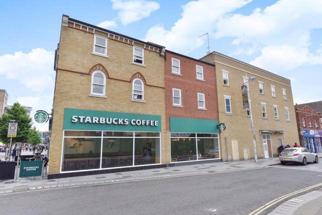 1 bed flat for sale in slough berkshire sl1 zoopla. Black Bedroom Furniture Sets. Home Design Ideas