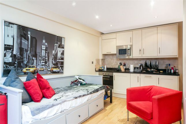 Thumbnail Flat for sale in Nell Gwynn House, Sloane Avenue, London