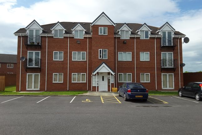 Thumbnail Flat for sale in Oakleigh Court, Boston Avenue, Runcorn