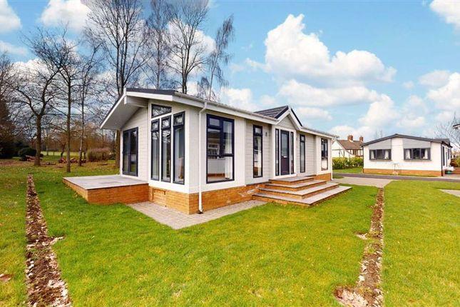 Thumbnail Mobile/park home for sale in Mickley Lane, Stretton, Alfreton