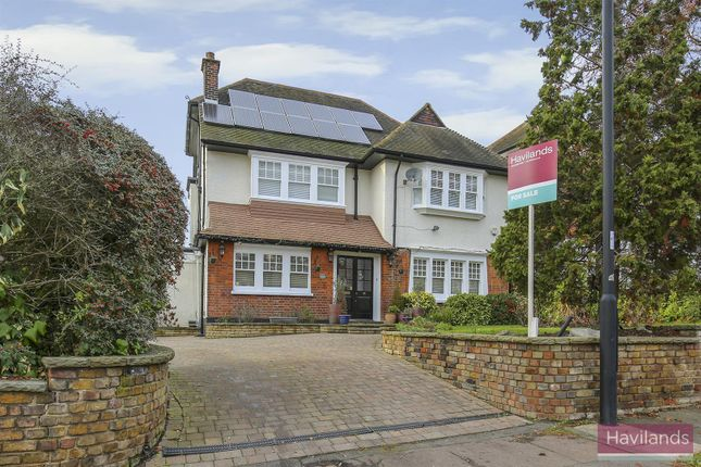 Thumbnail Detached house for sale in The Chine, London