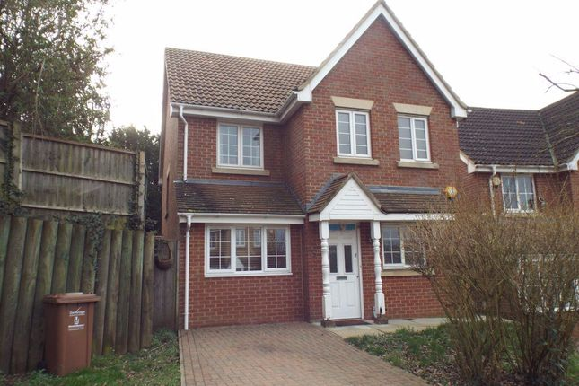 Thumbnail Property to rent in Tates Way, Stevenage