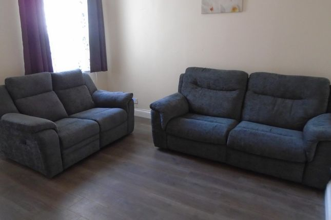 4 bed terraced house to rent in Cowesby Street, Manchester M14