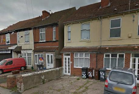 3 bed terraced house to rent in Neachells Lane, Wolverhampton