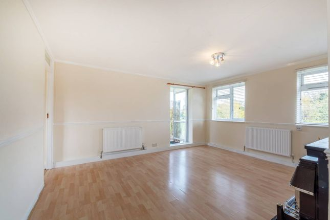 Thumbnail Flat for sale in Rectory Lane, Wallington