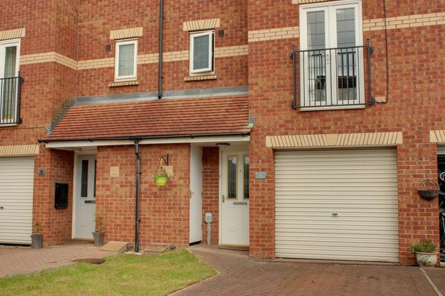 Thumbnail Town house for sale in St. Nicholas Drive, Beverley