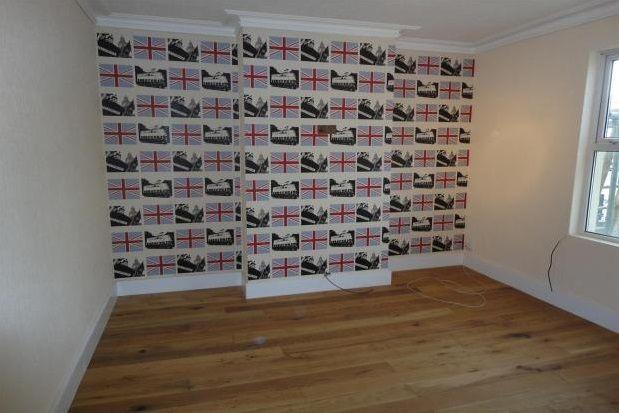 Thumbnail Shared accommodation to rent in St. Pauls Road, Cheltenham