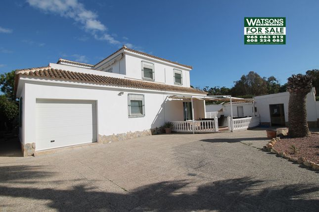 6 bed villa for sale in Urb. La Marina, La Marina, Alicante, Valencia, Spain