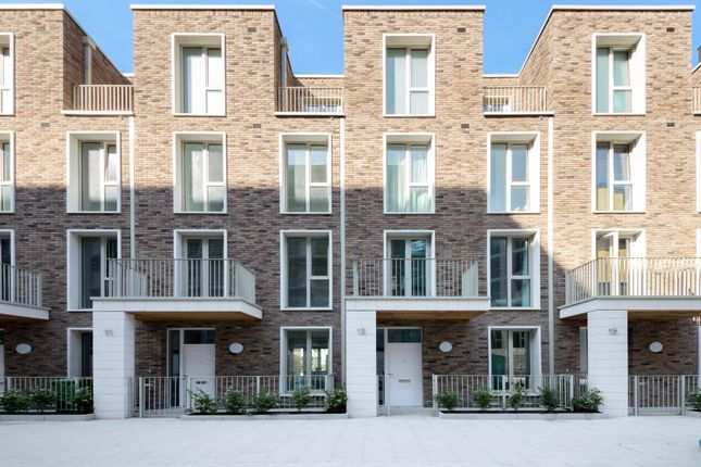 Thumbnail Town house for sale in Admiralty Avenue, Royal Wharf, London