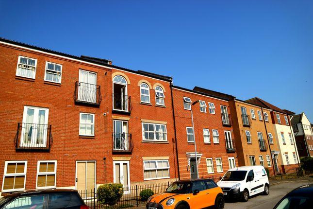 Thumbnail Flat to rent in Plimsoll Way, Hull, North Humberside