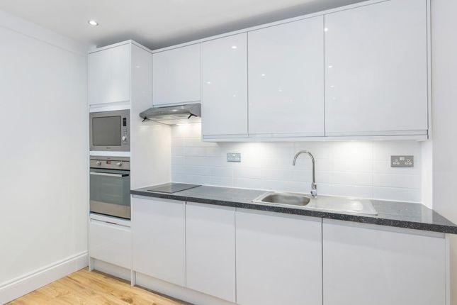 1 bed flat to rent in Nell Gwynn House, Sloane Avenue, London SW3