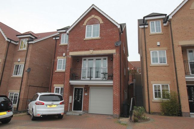 Thumbnail Terraced house for sale in Clementine Drive, Mapperley