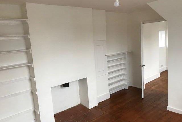 4 bed property to rent in Enfield Lock, Enfield EN3