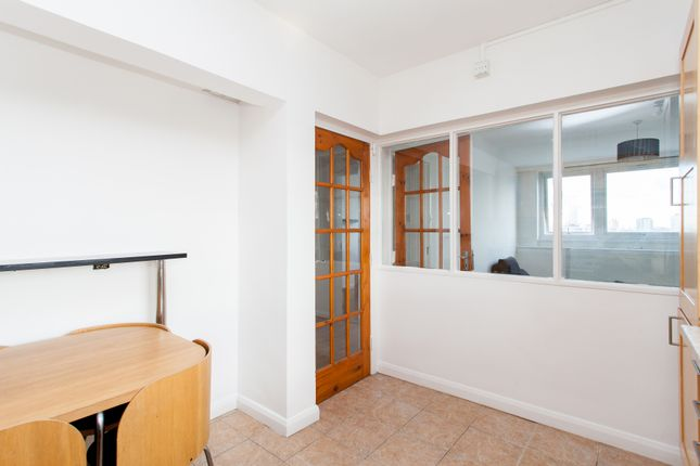Bedroom of Skinner Street, Clerkenwell EC1R