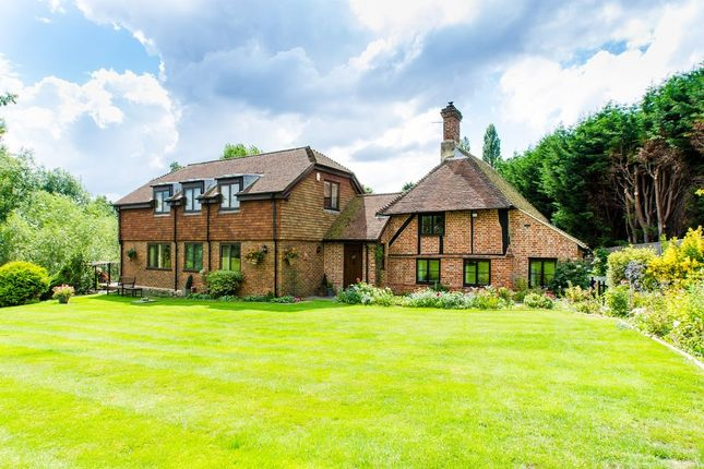 5 bed farmhouse for sale in Pear Tree Lane, Shorne, Gravesend