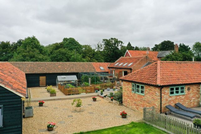 Thumbnail Barn conversion for sale in Priory Road, Fressingfield, Eye