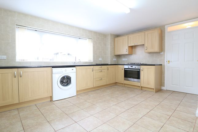 Thumbnail Terraced house to rent in Leaveland Close, Ashford