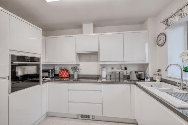 1 bed flat for sale in Brook Court, Burcot Lane, Bromsgrove B60