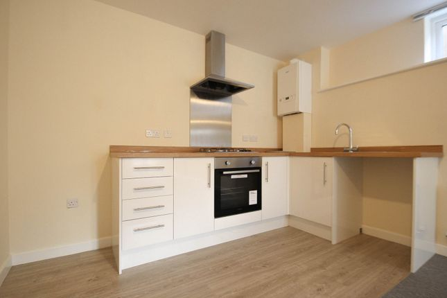 Thumbnail Flat to rent in Elizabeth Way, Cambridge