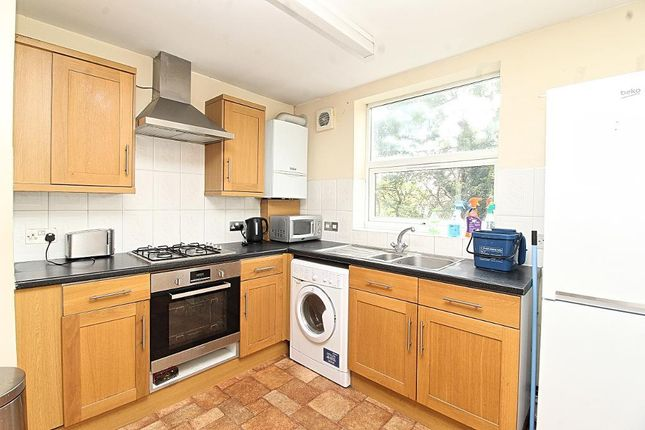 Terraced house to rent in Glenarm Road, Clapton