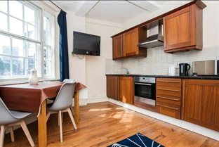 Thumbnail Flat for sale in Forset Court, Edgware Road
