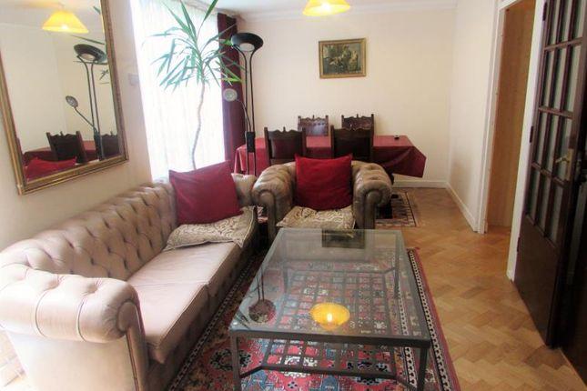 Thumbnail Room to rent in Kynaston Wood, Harrow, Moddlesex