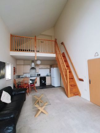 2 bed flat to rent in Bold Street, Hulme, Manchester M15