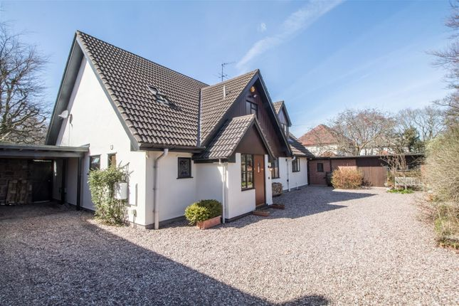 Thumbnail Detached house for sale in Leighton Road, Parkgate, Neston