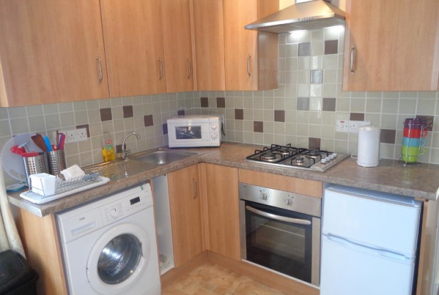 Thumbnail Flat to rent in Wellesley Road, Methil, Leven