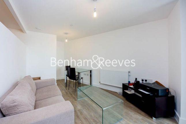 1 bed flat for sale in Sienna Alto, Cornmill Lane, Lewisham SE13
