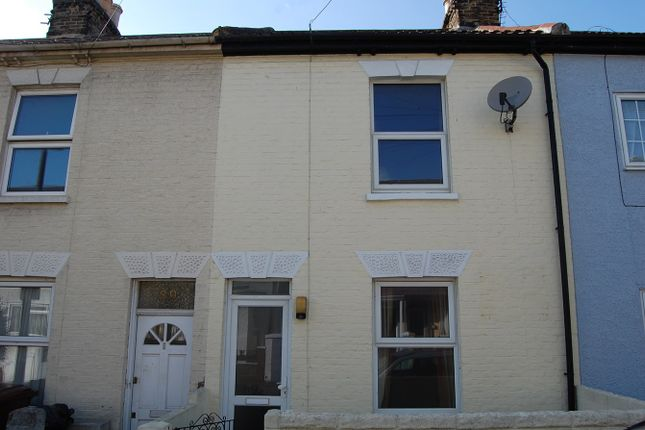 Thumbnail Terraced house to rent in Victoria Street, Gillingham