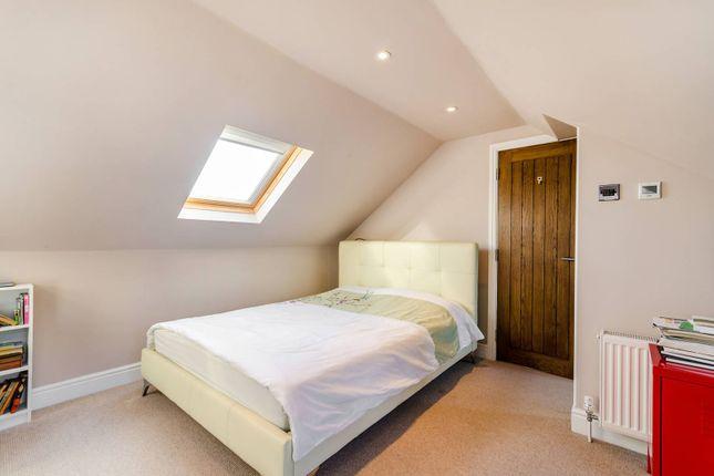 5 bed property for sale in Robin Hood Lane, Kingston Vale