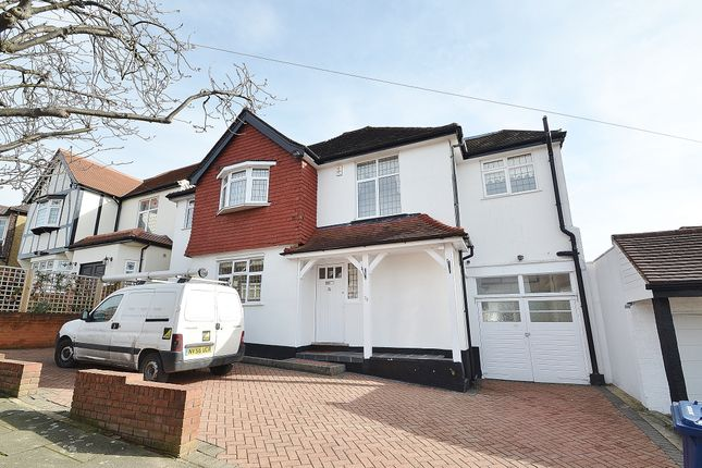 Thumbnail Detached house to rent in Ashurst Road, Cockfosters