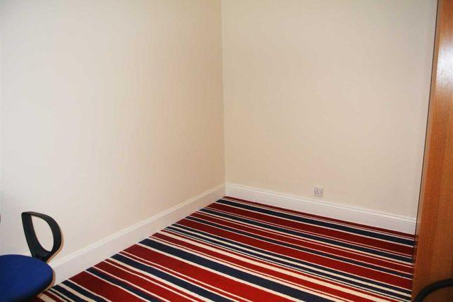 Bedroom of Leavesden Road, Watford WD24