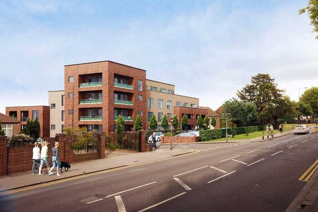Thumbnail Flat for sale in Beulah Hill, London