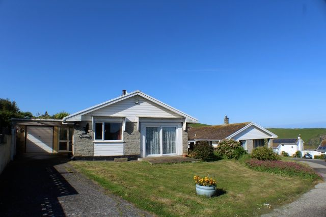 Thumbnail Bungalow for sale in Silvershell Road, Port Isaac